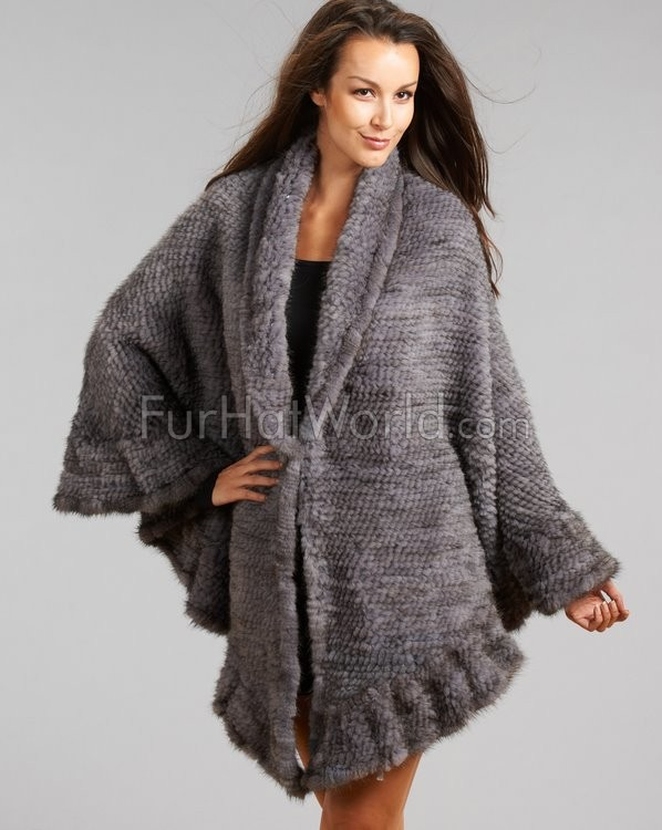 Brianna Knit Mink Ruffled Wrap in Grau