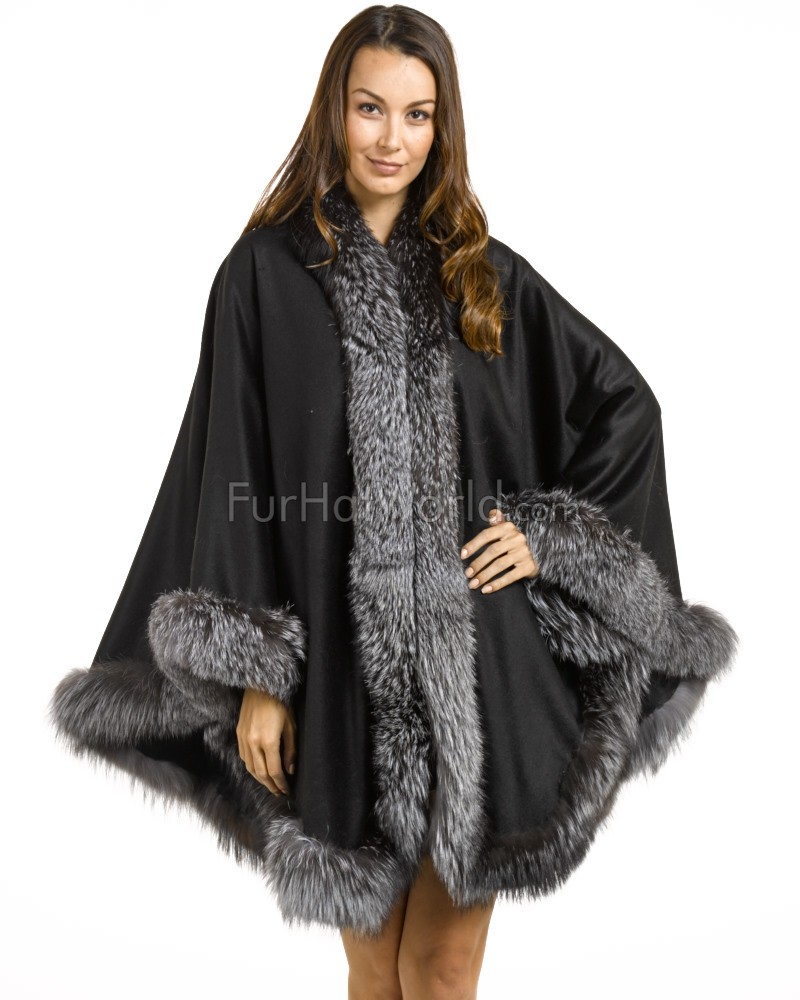 Classic Cashmere Cape With Silver Fox Fur Trim in Black