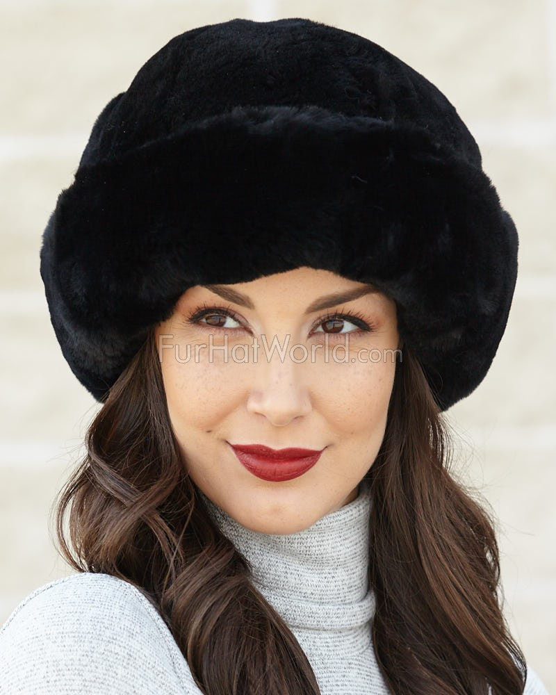 Black Sheepskin Fleece Cloche Hat