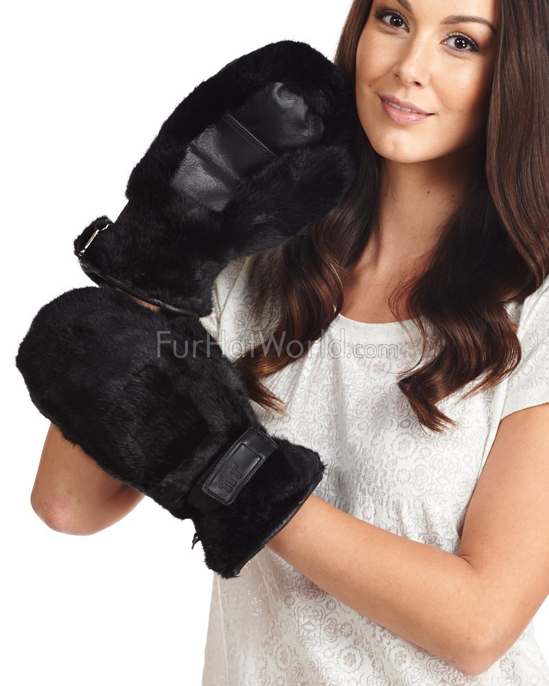 Siberia Faux Fur Mittens in Black