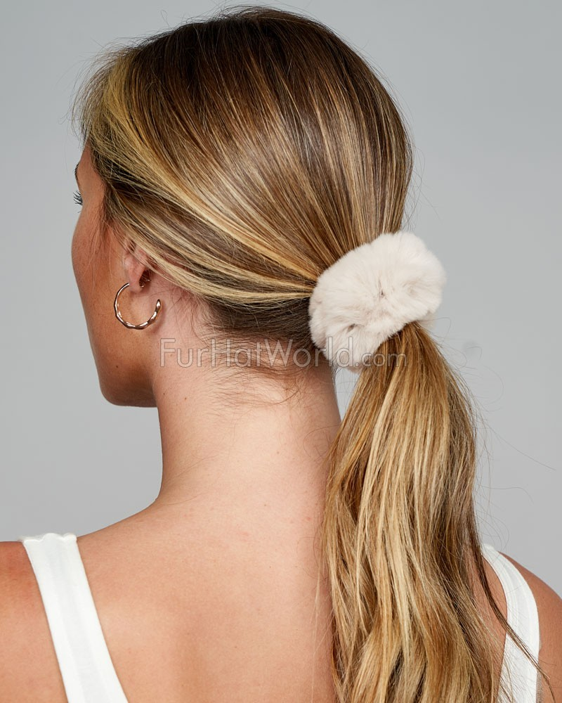 Rabbit Fur Scrunchie in Cream