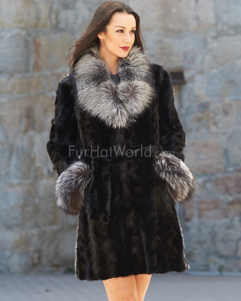 Sculptured Mink Fur Coat with Silver Fox Fur Collar