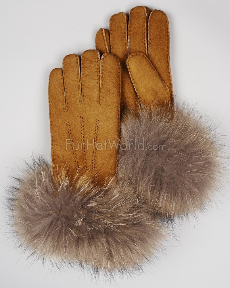 The Tundra Glove with Finn Raccoon Trim
