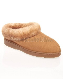 Extra_Comfy_Sheepskin_Minnesota_Clog_Slipper_420