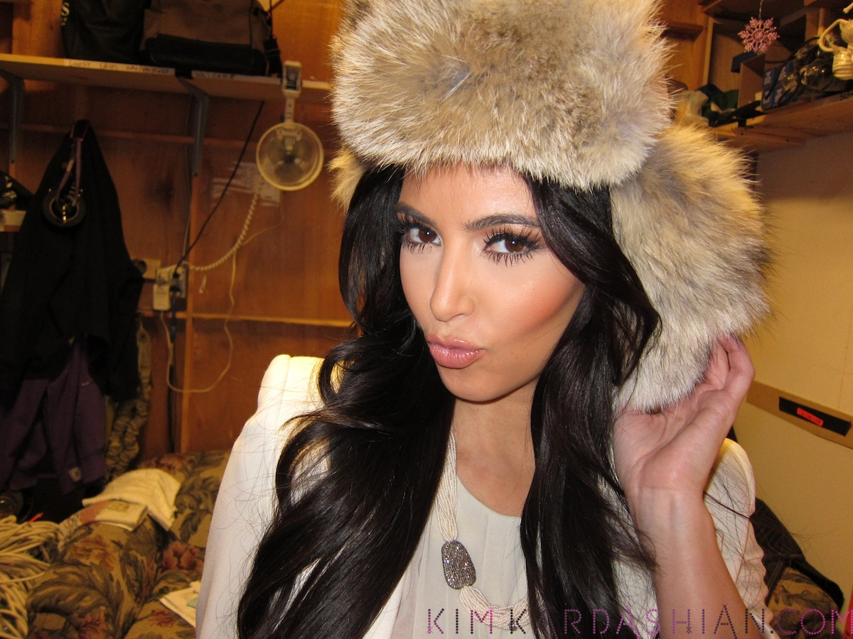 Kim-Kardashian-Joyce-Bonelli-Fur-Hat-Photo-Shoot-061712-2