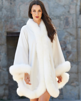 Classic Cashmere Cape With Fox Fur Trim in Ivory