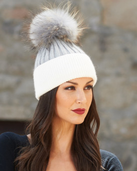 Kinley Knit Beanie Hat with Finn Raccoon Pom Pom in Grey/White