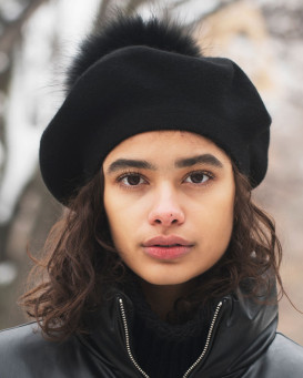 Manon Beret with Finn Raccoon Fur Pom Pom in Black