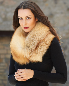 Martina Natural Red Fox Fur Cowl