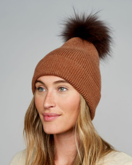 Nakita Beanie Hat with Finn Raccoon Pom Pom in Brown