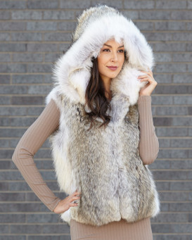 Brynn Natural Coyote Fur Vest with Collar