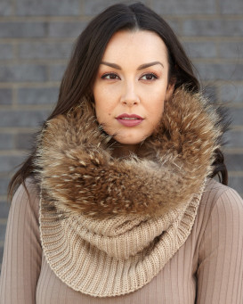 The Chunky Knit Finn Raccoon Fur Cowl