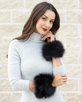 The Maci Knit Fox Fur Cuffs in Black