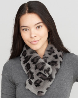 Trixie Multi Wear Rex Rabbit Fur Collar in Leopard Print