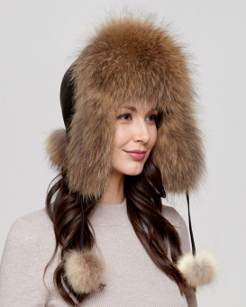 Womens Finn Raccoon Fur Excursion Trapper Hat with Pom Pom